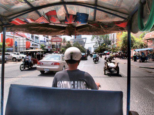 tuktuktravel.jpg